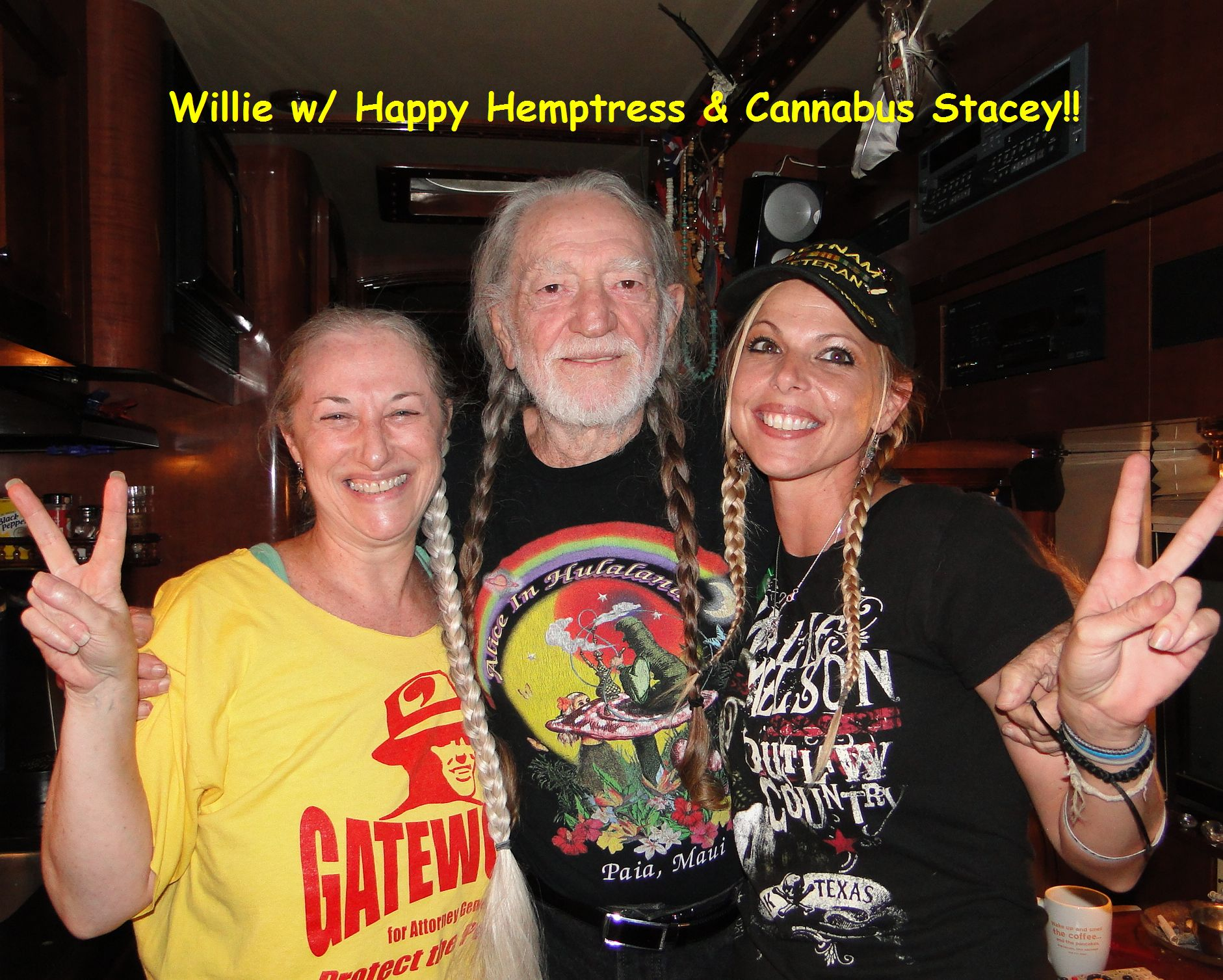 Hemptress, Willie & Cannabus Stacey